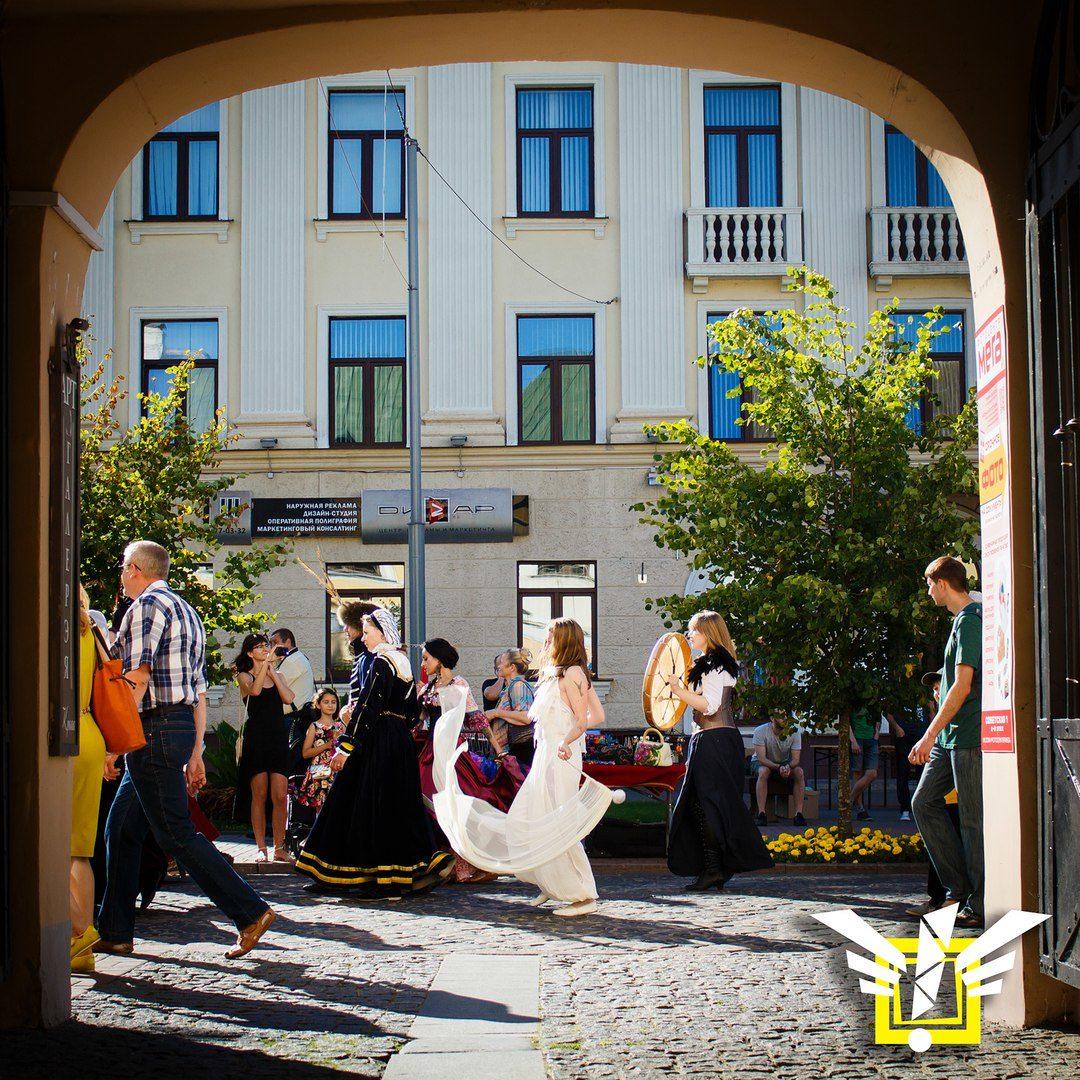 Новая концепция и традиционное веселье — на выходных в Гродно пройдёт фестиваль уличных искусств